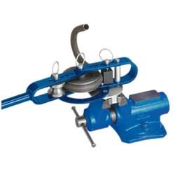 Dispositivo di curvatura per tubi a t da riscaldamento e per l'acqua